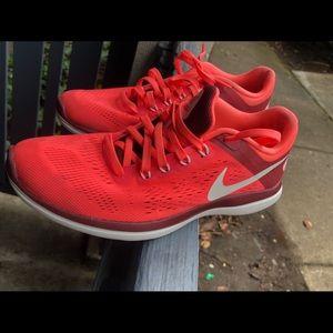 NIKE FLex 2016 Run Deep Coral Pink 830751-601 Sz 8